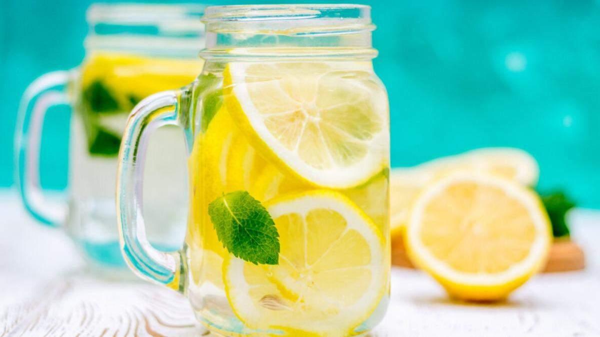 Як на організм впливає вода з лимоном зранку: 5 корисних властивостей