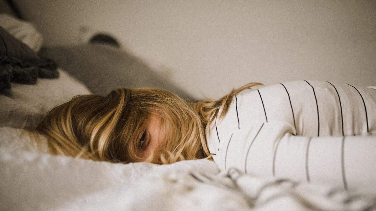 Відчуваєте втому навіть після 8-годинного сну: причини - Здорово