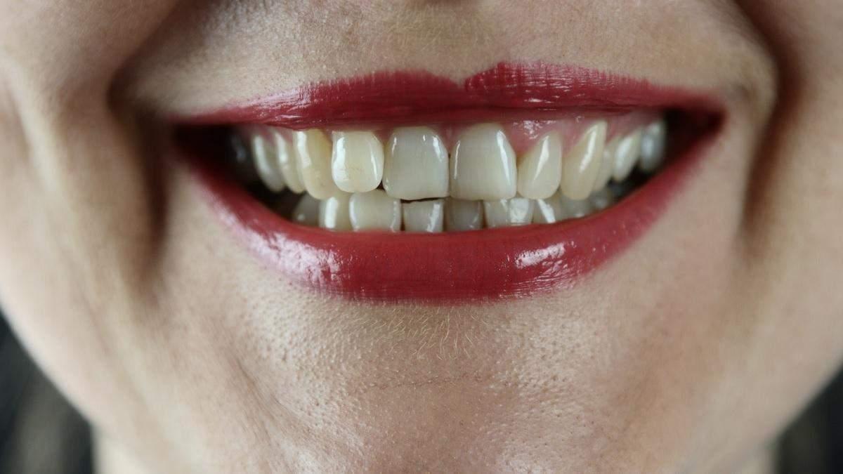 Ці звички зіпсують вам зуби: що не варто робити - Здорово
