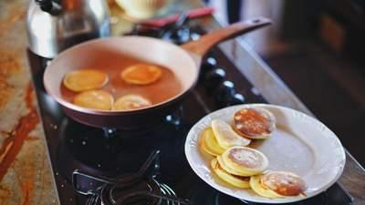 Капустные оладьи: полезный рецепт завтрака от диетолога